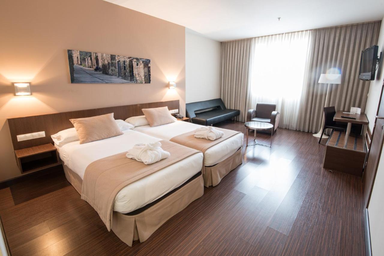 Hotels In Cerezales Del Condado Castile And Leon