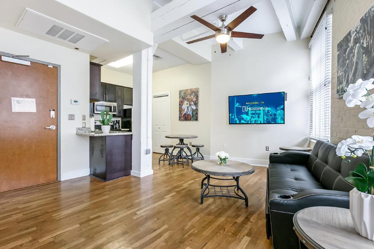Modern cozy condo apartment new orleans usa deals