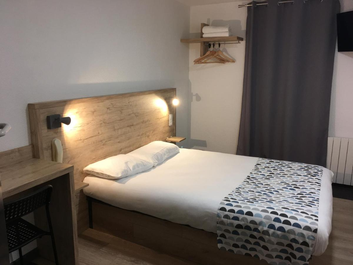 Hotels In Saint-caprais-de-bordeaux Aquitaine