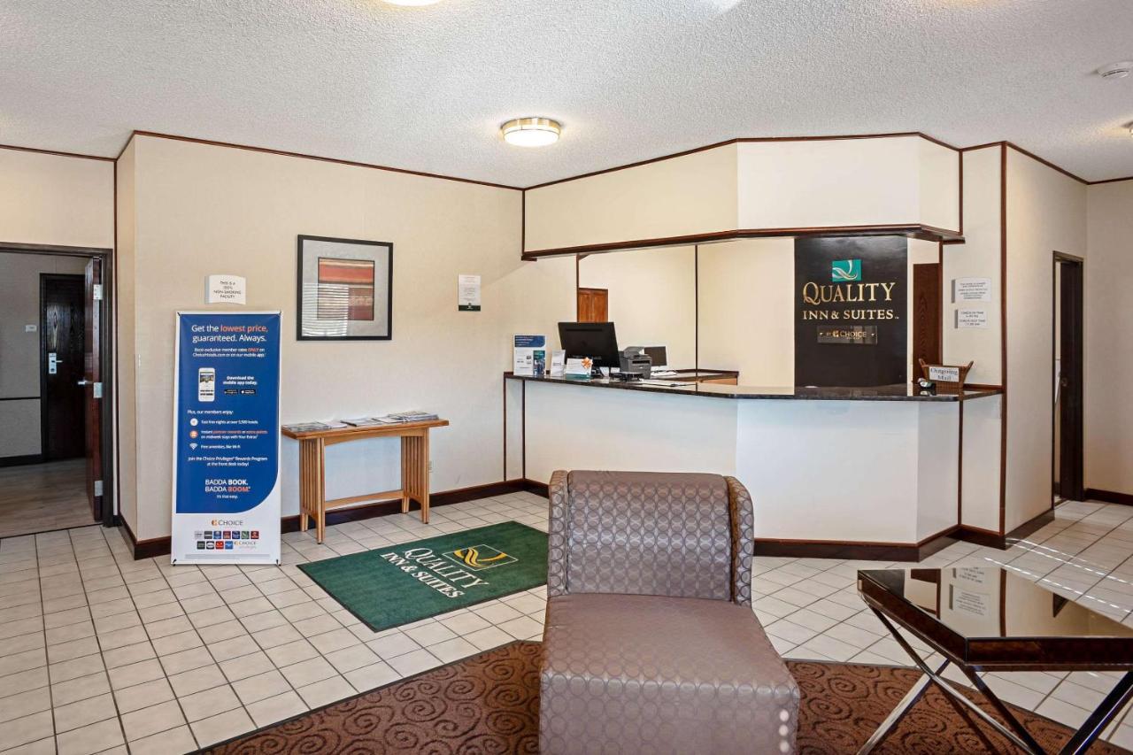 quality inn galesburg il booking com rh booking com