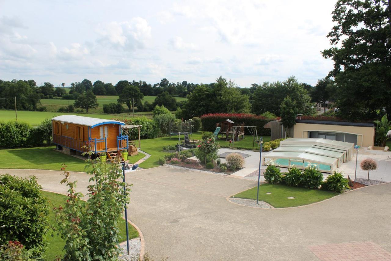Guest Houses In Vaucé Pays De La Loire