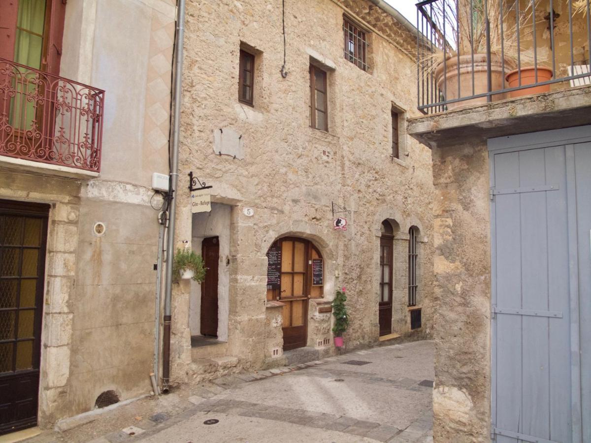 Hostels In Viols En Laval Languedoc-roussillon