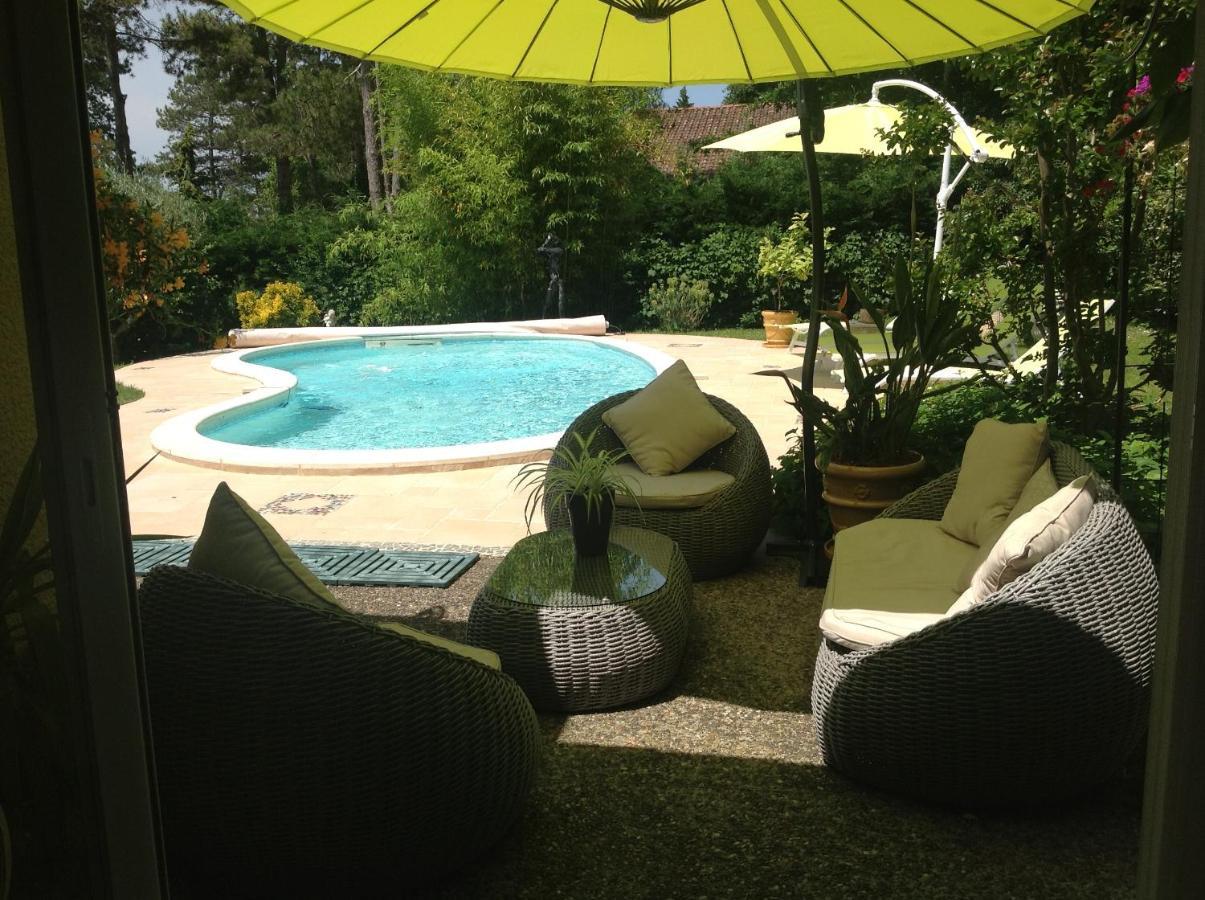 Guest Houses In Piquepoule Aquitaine