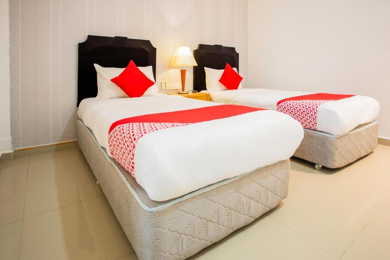 OYO 104 Pegasus Hotel, Singapore, Singapore - Booking.com