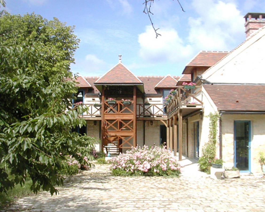 Guest Houses In Rubelles Ile De France