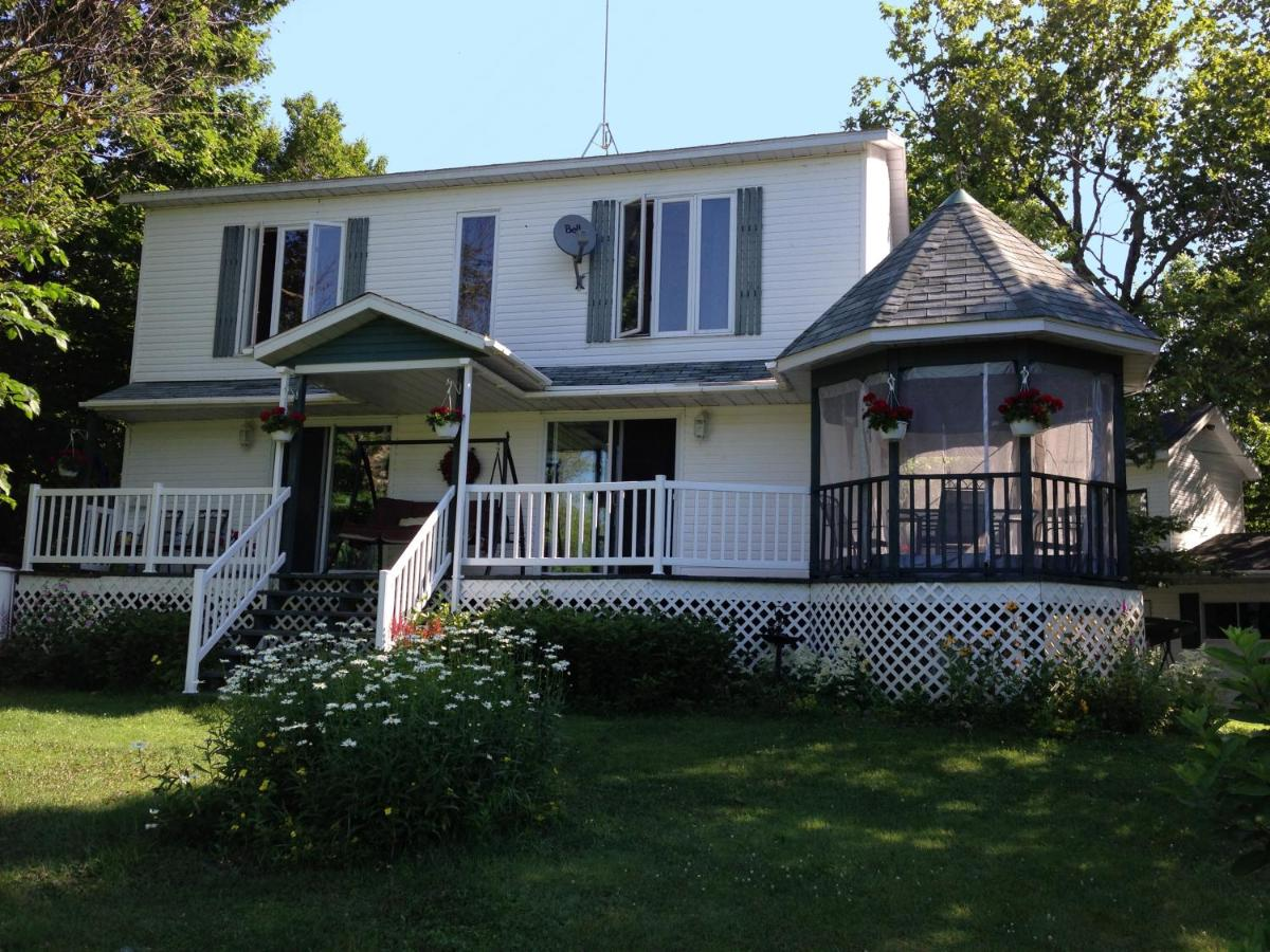 Bed And Breakfasts In Scotstown Quebec