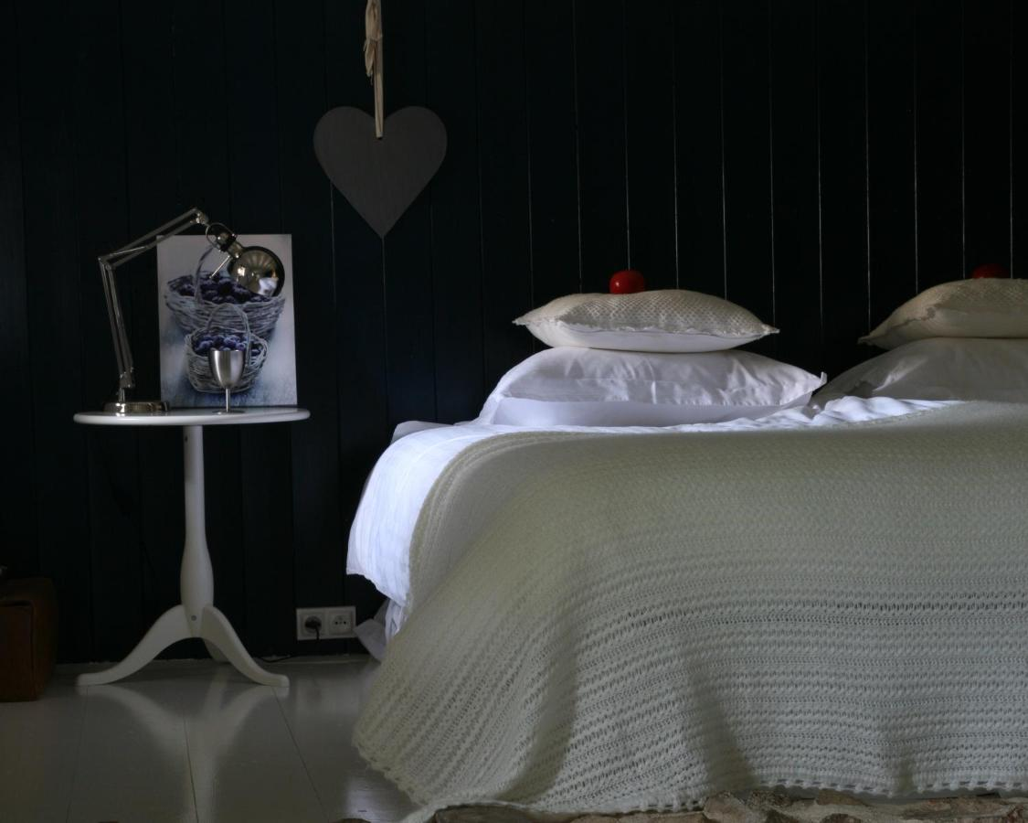 Bed And Breakfasts In Saint-amant-roche-savine Auvergne