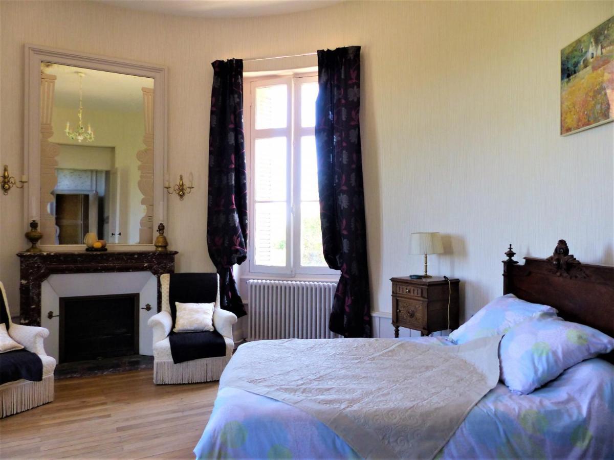 Guest Houses In Saint-front Poitou-charentes
