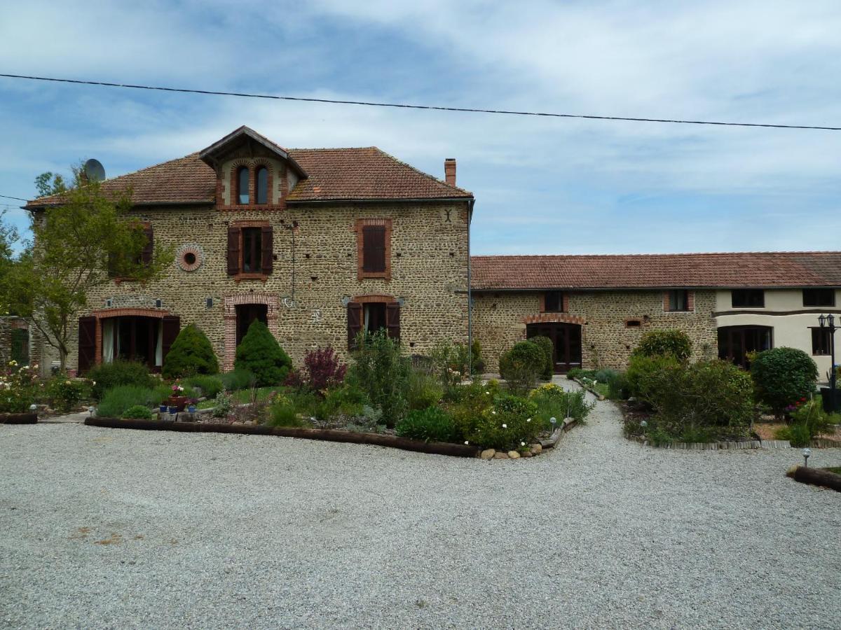 Guest Houses In Villecomtal-sur-arros Midi-pyrénées