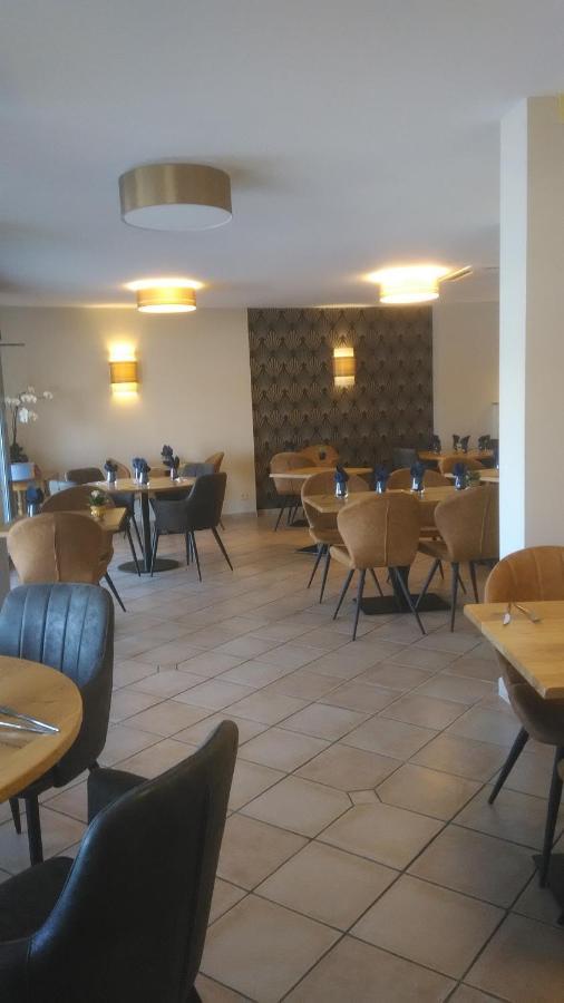 Hotels In Saint-laurent-de-la-plaine Pays De La Loire