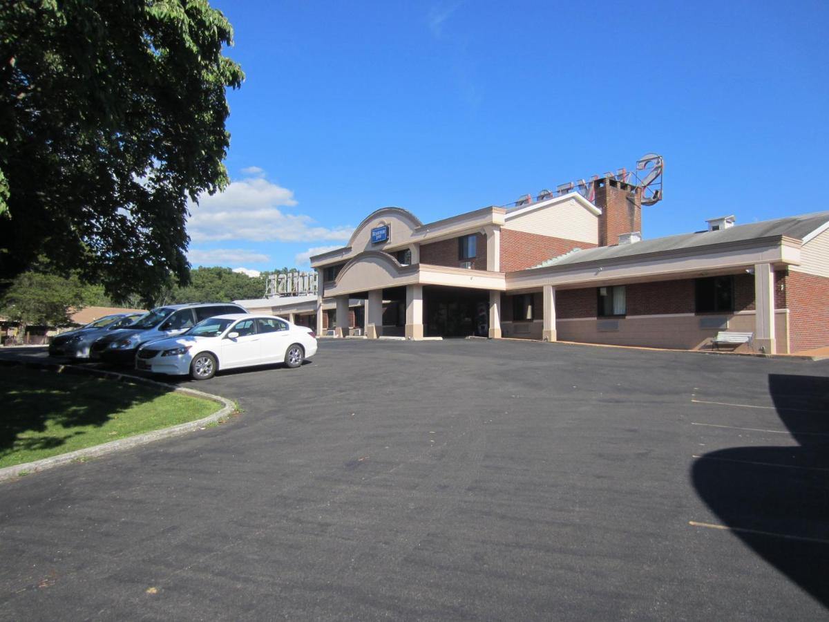 Hotels In Saugerties New York State