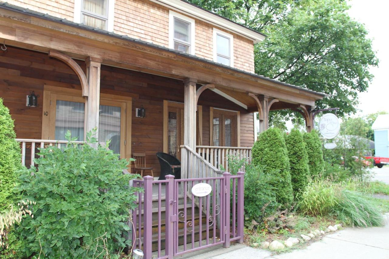 Bed And Breakfasts In Charlemont Massachusetts