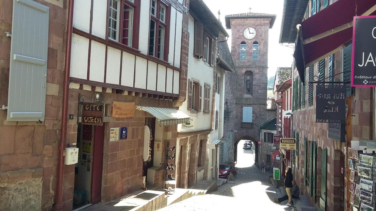 Hostels In Uhart-cize Aquitaine