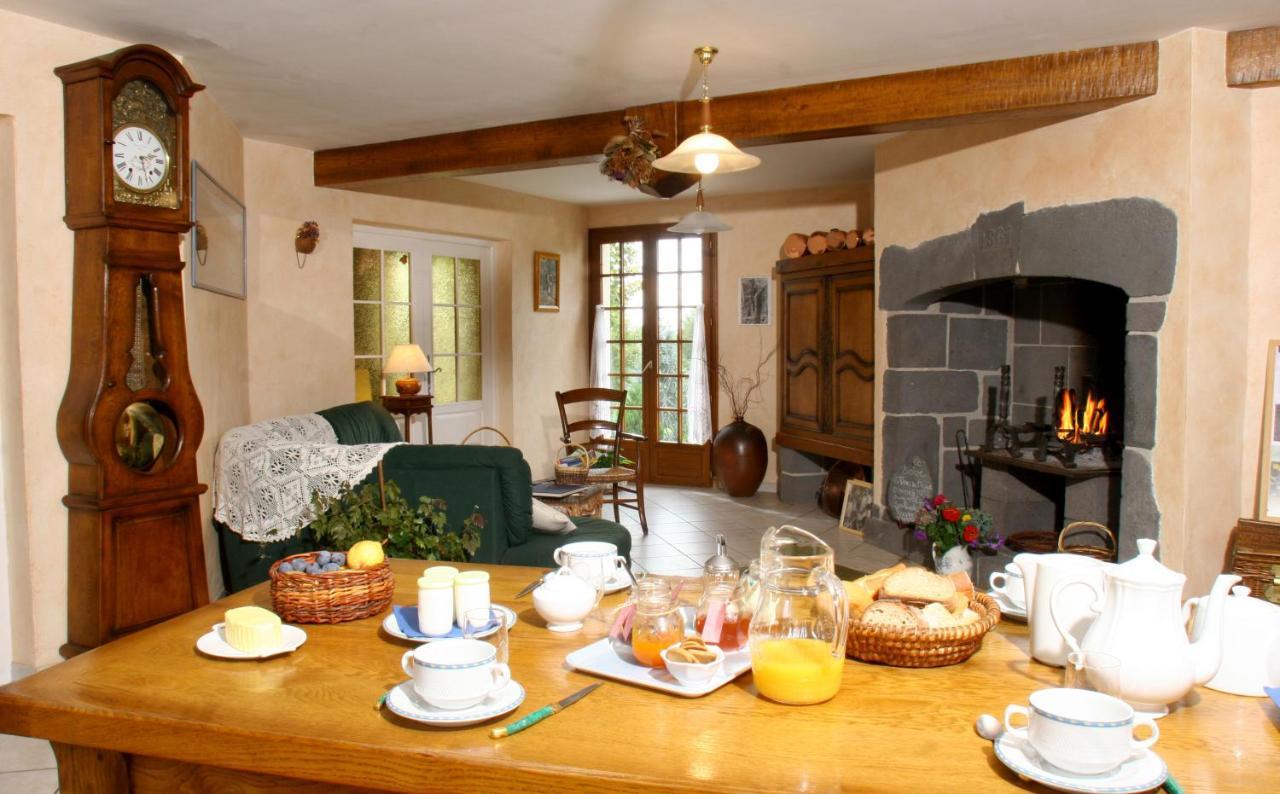 Guest Houses In Saint-julien-aux-bois Limousin