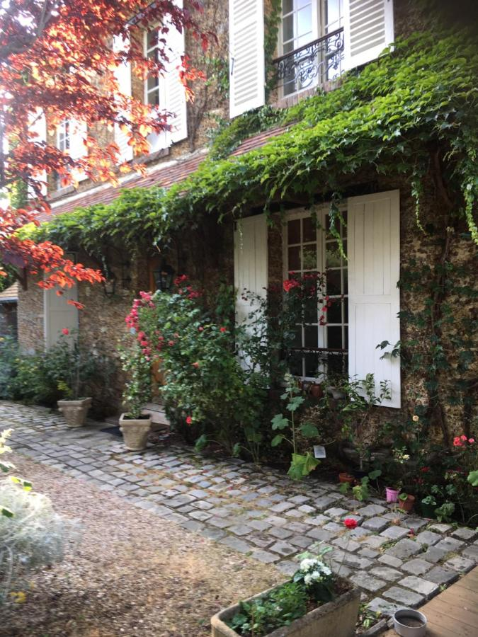 Bed And Breakfasts In Villiers-saint-frédéric Ile De France