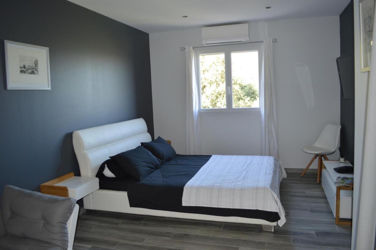 Guest Houses In Ville-di-paraso Corsica