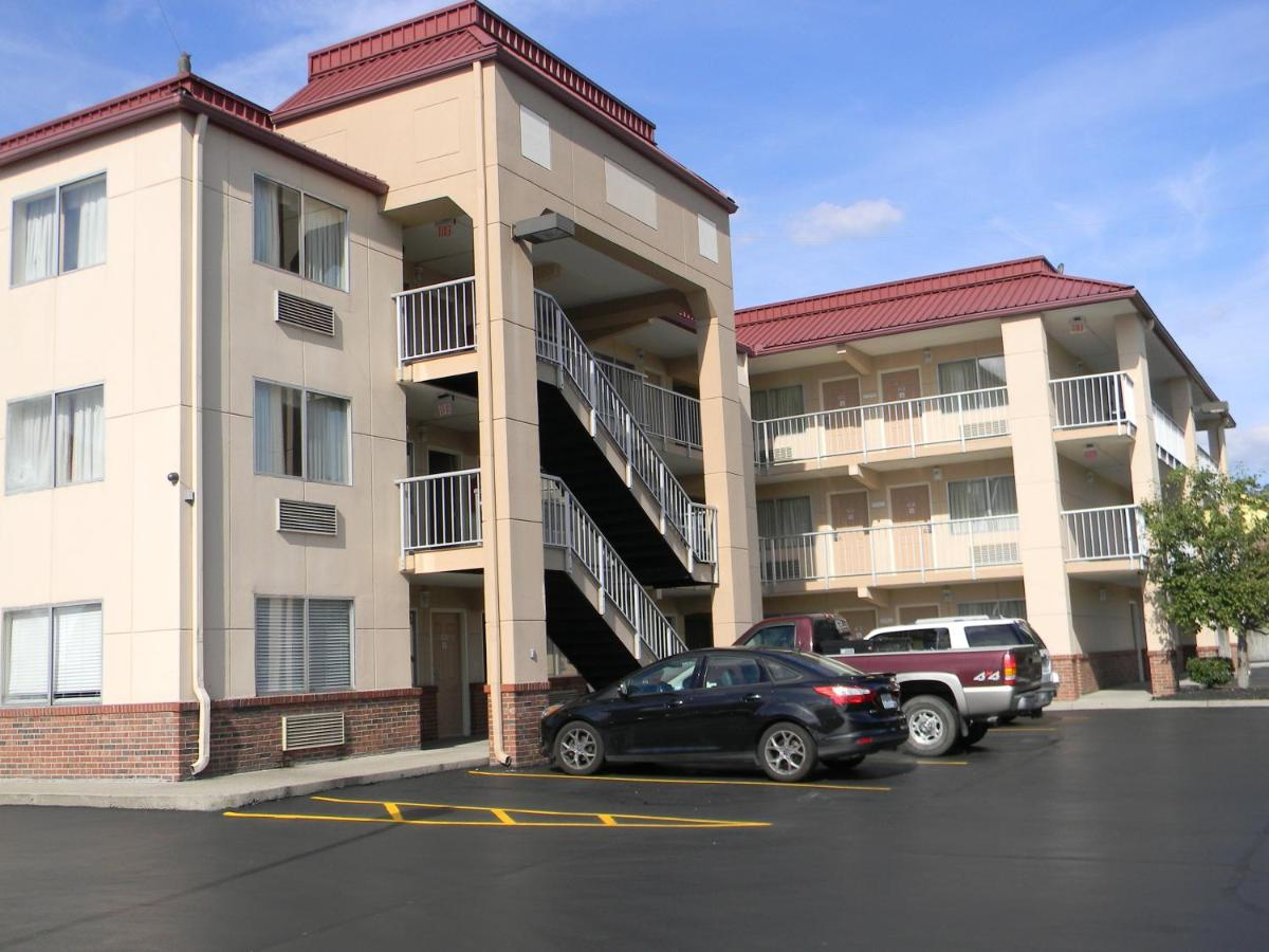 Hotels In Smith Springs Tennessee