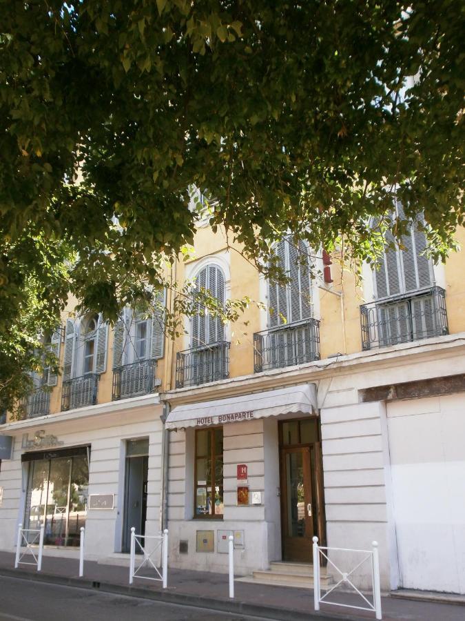 Hôtel Bonaparte, Toulon, France - Booking.com