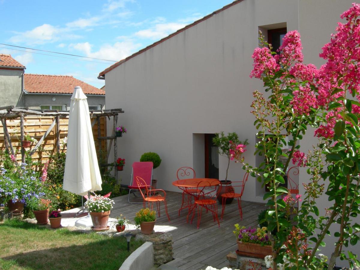 Bed And Breakfasts In Saint-hilaire-de-loulay Pays De La Loire
