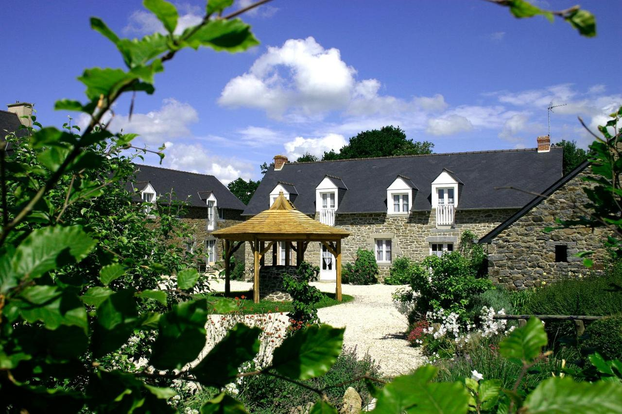 Guest Houses In Pleugueneuc Brittany