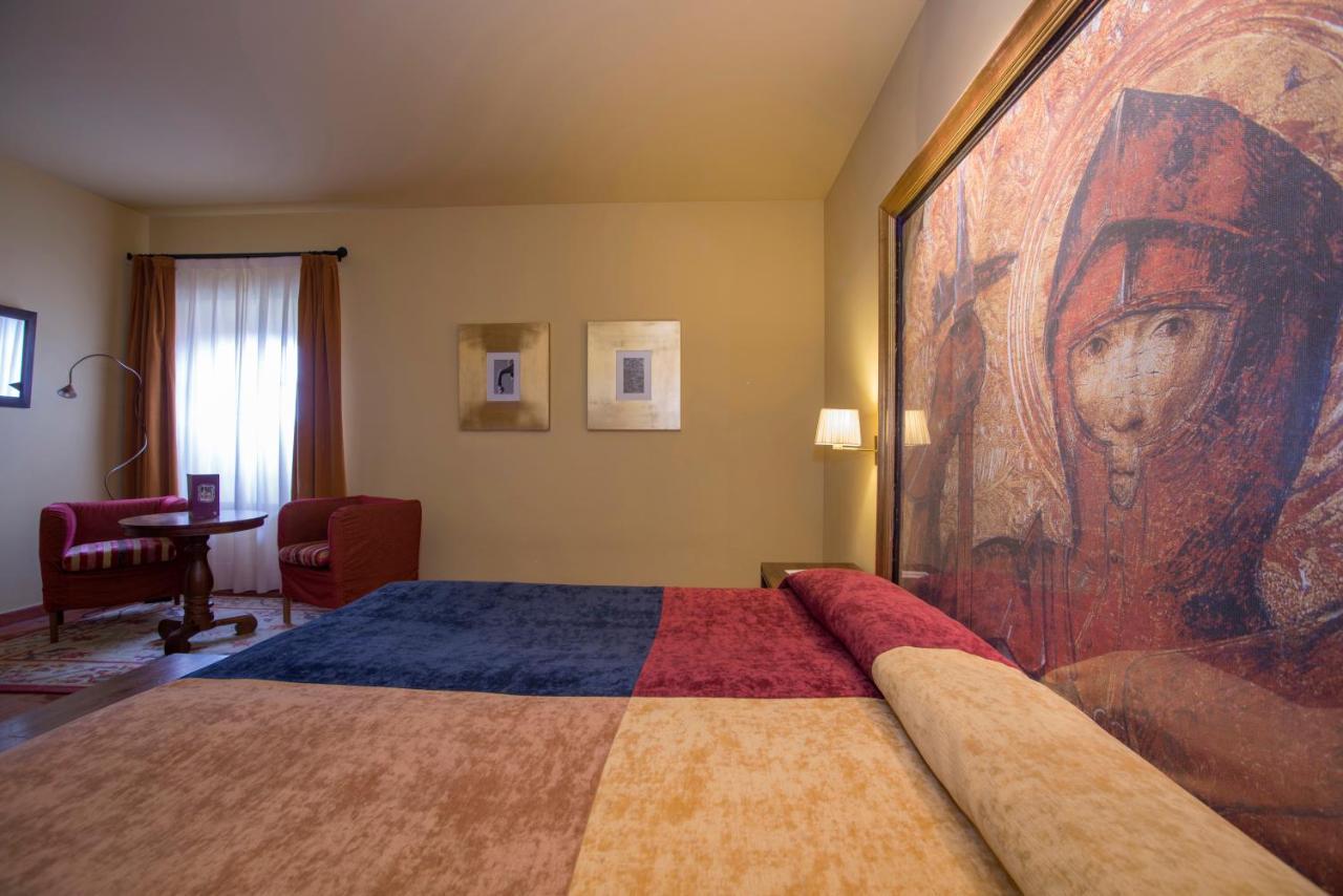 Hotels In Pago De San Clemente Extremadura
