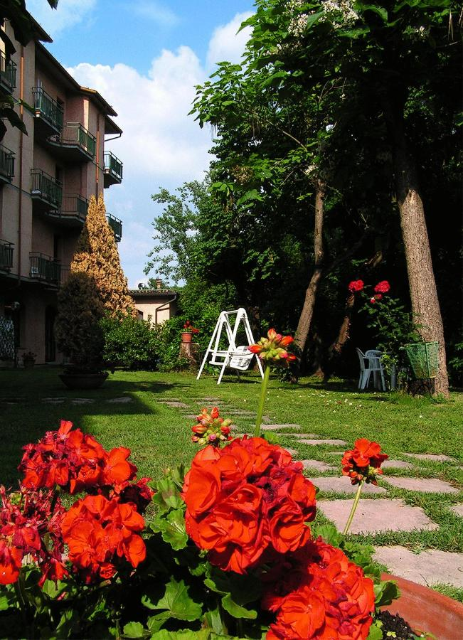 Hotels In Abeto Tuscany