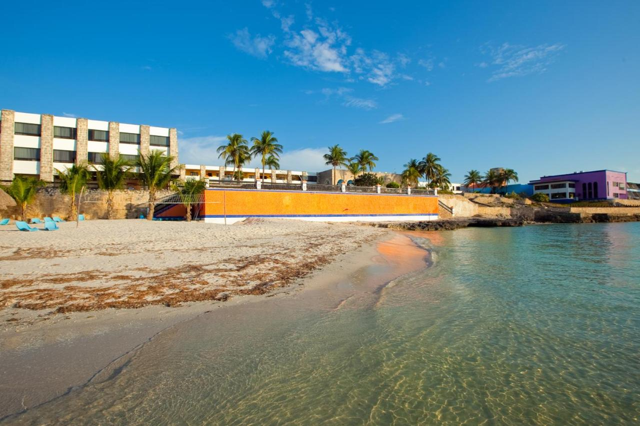 Hotels In Seybaplaya Campeche
