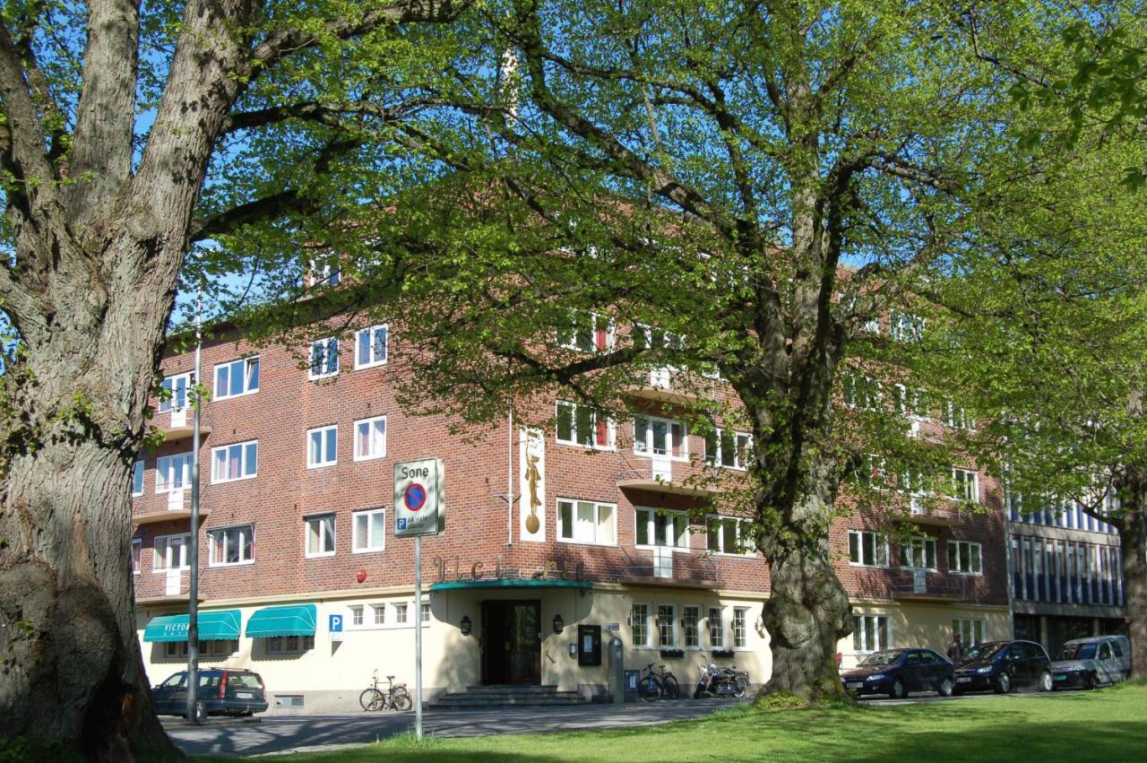 Hotels In Nordre Sandøy