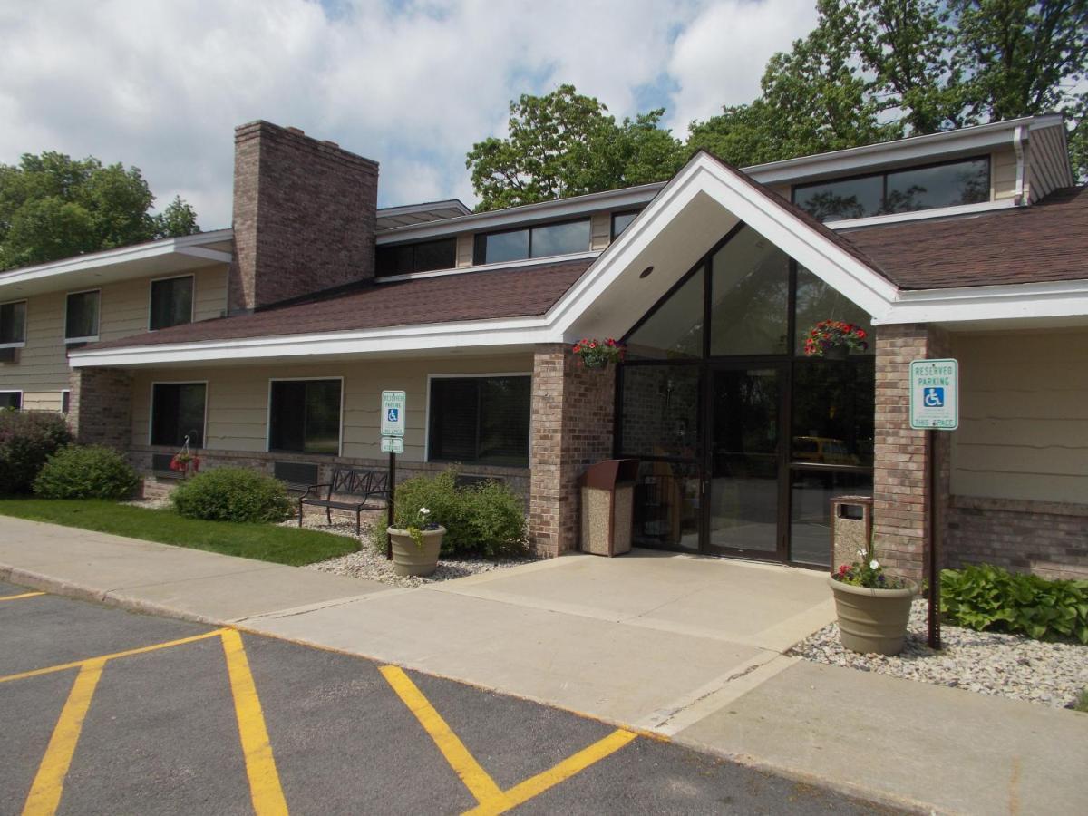 Hotels In Green Lake Wisconsin