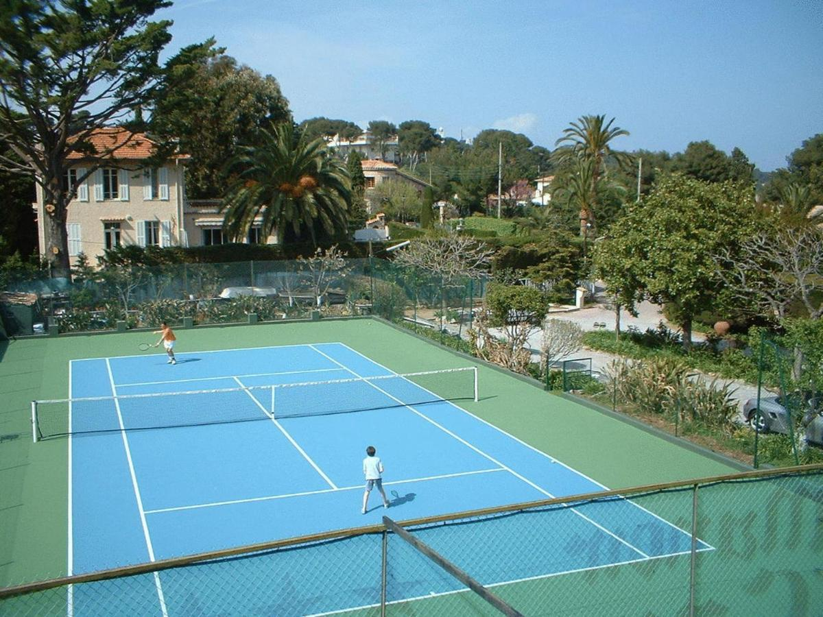 Hotel Castel Garoupe, Antibes, France - Booking.com