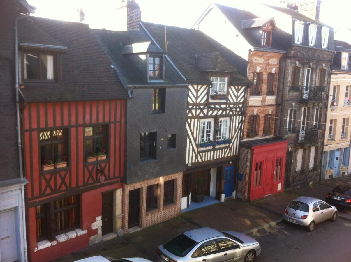 Guest Houses In Pennedepie Lower Normandy