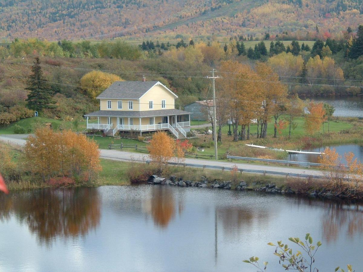 Bed And Breakfasts In Lac Kénogami Quebec