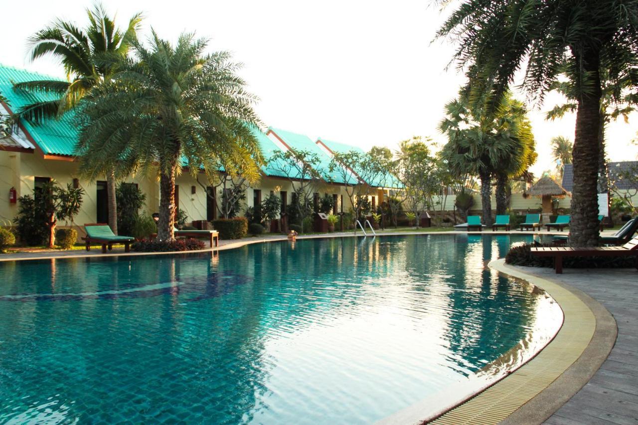 The Green Beach Resort, Sam Roi Yot, Thailand - Booking.com