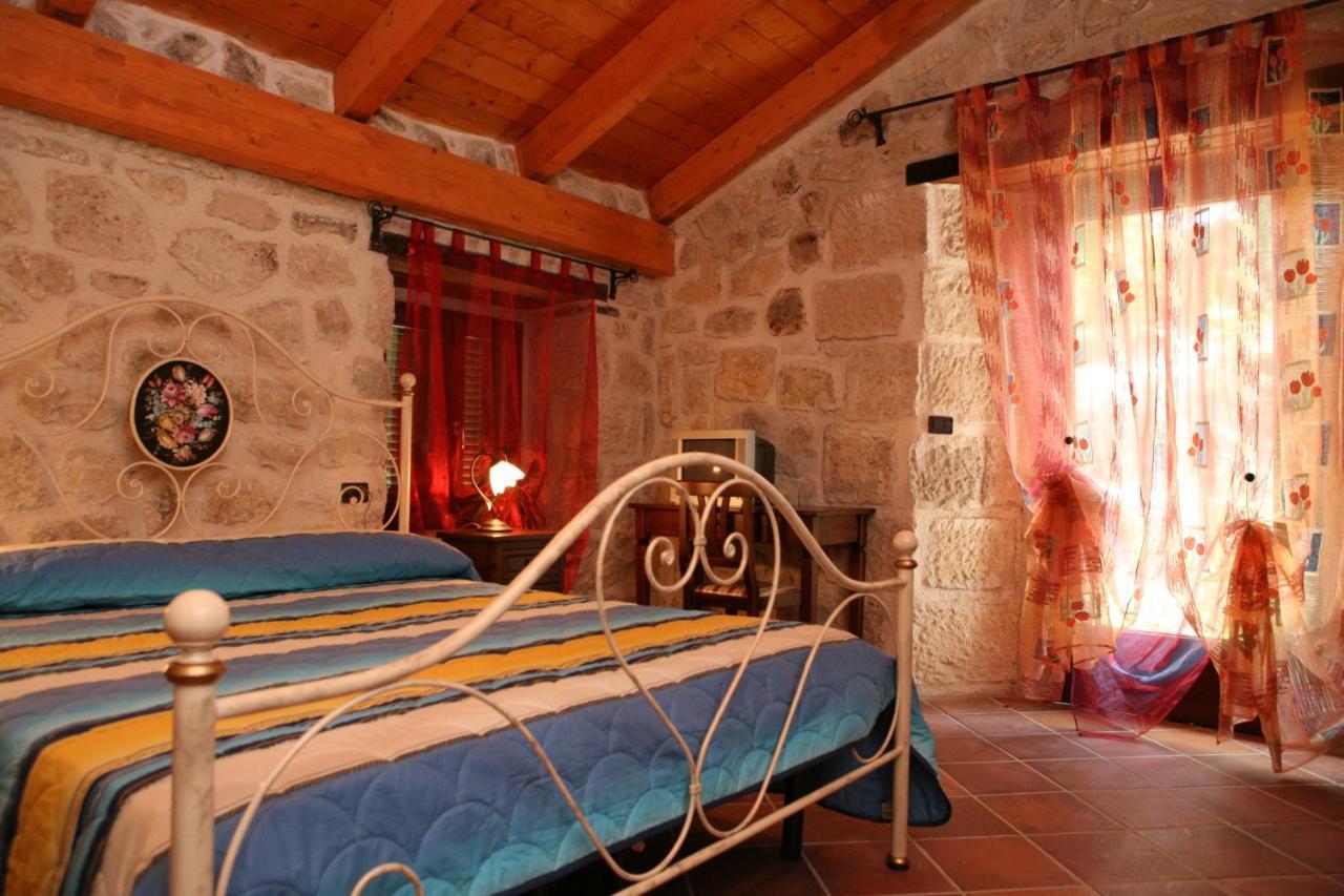 Bed And Breakfasts In Abbateggio Abruzzo