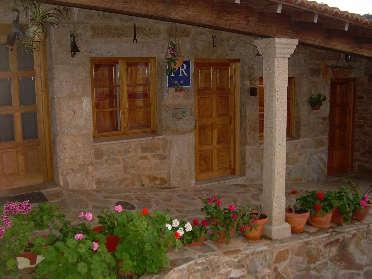 Guest Houses In Villastose Galicia