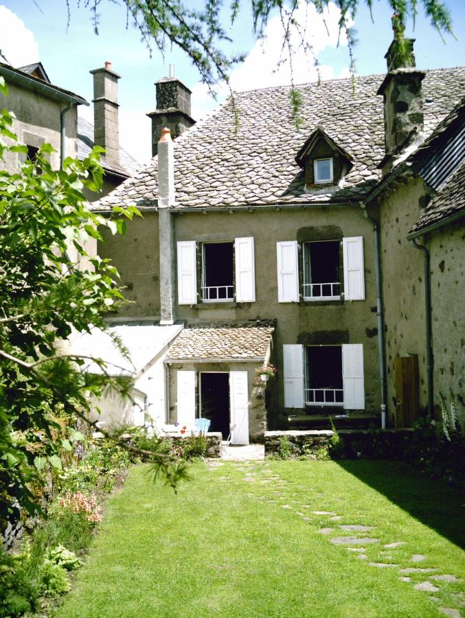 Bed And Breakfasts In Velzic Auvergne