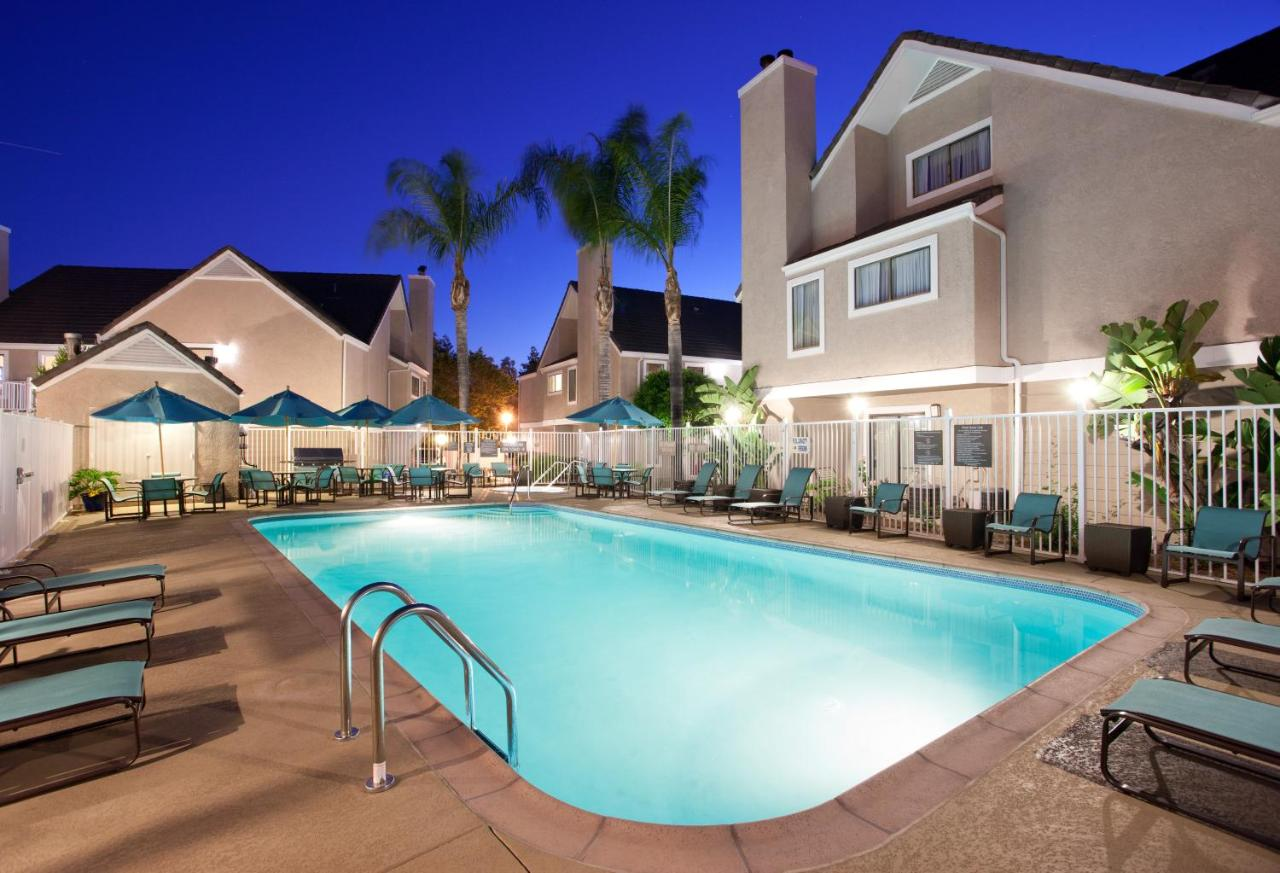Hotels In El Toro California