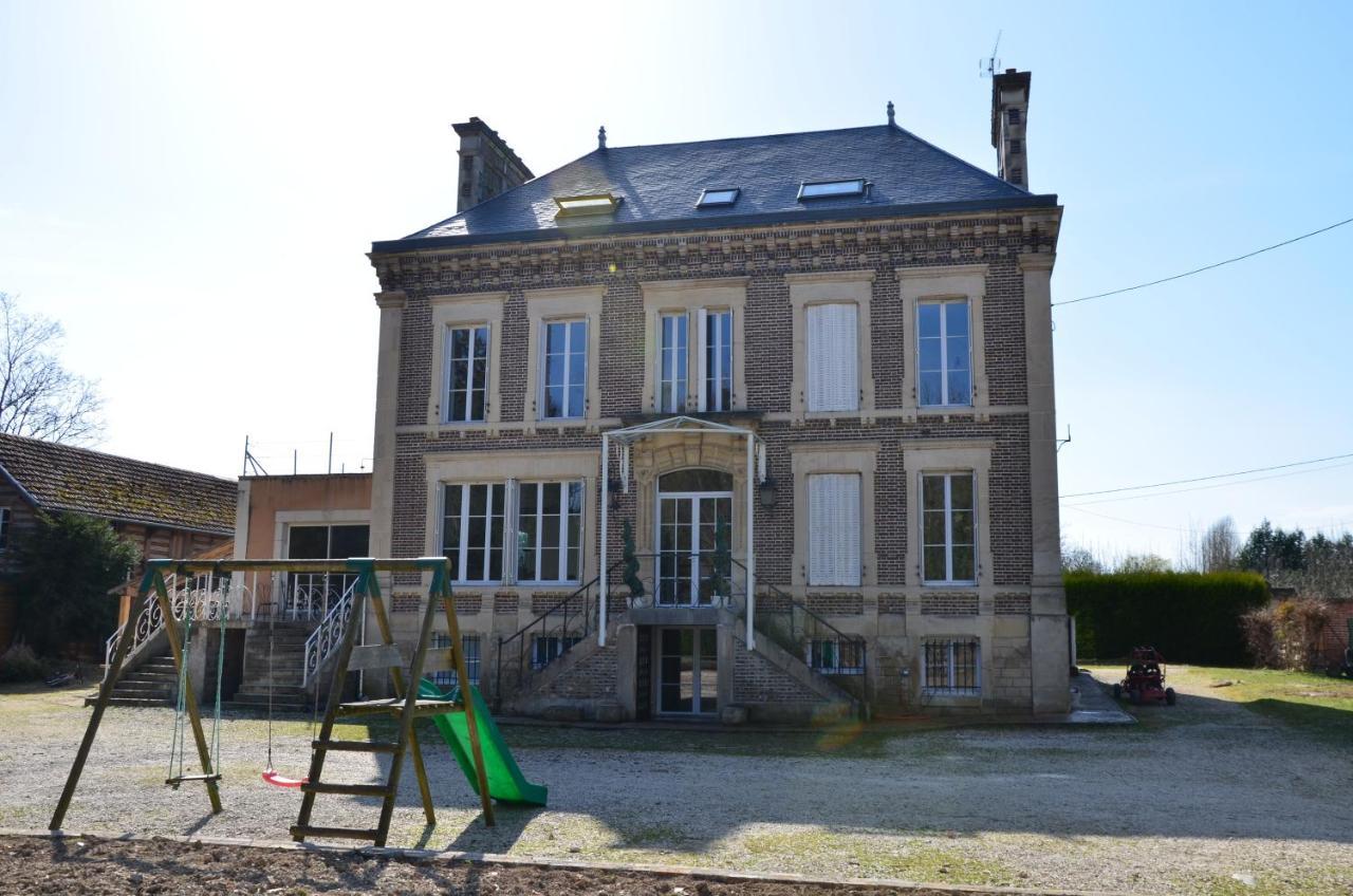 Bed And Breakfasts In Villeneuve-l'archevêque Burgundy