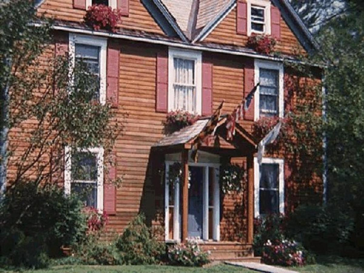 Hotels In Richmond Massachusetts
