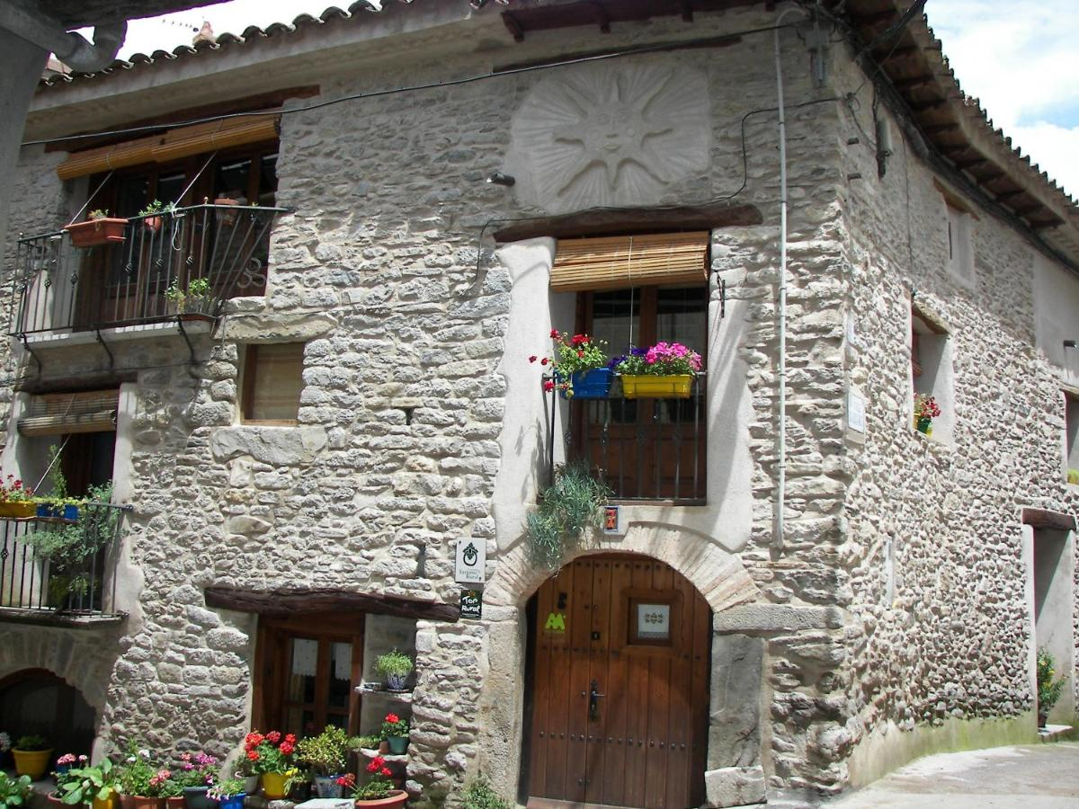 Guest Houses In El Grado Aragon