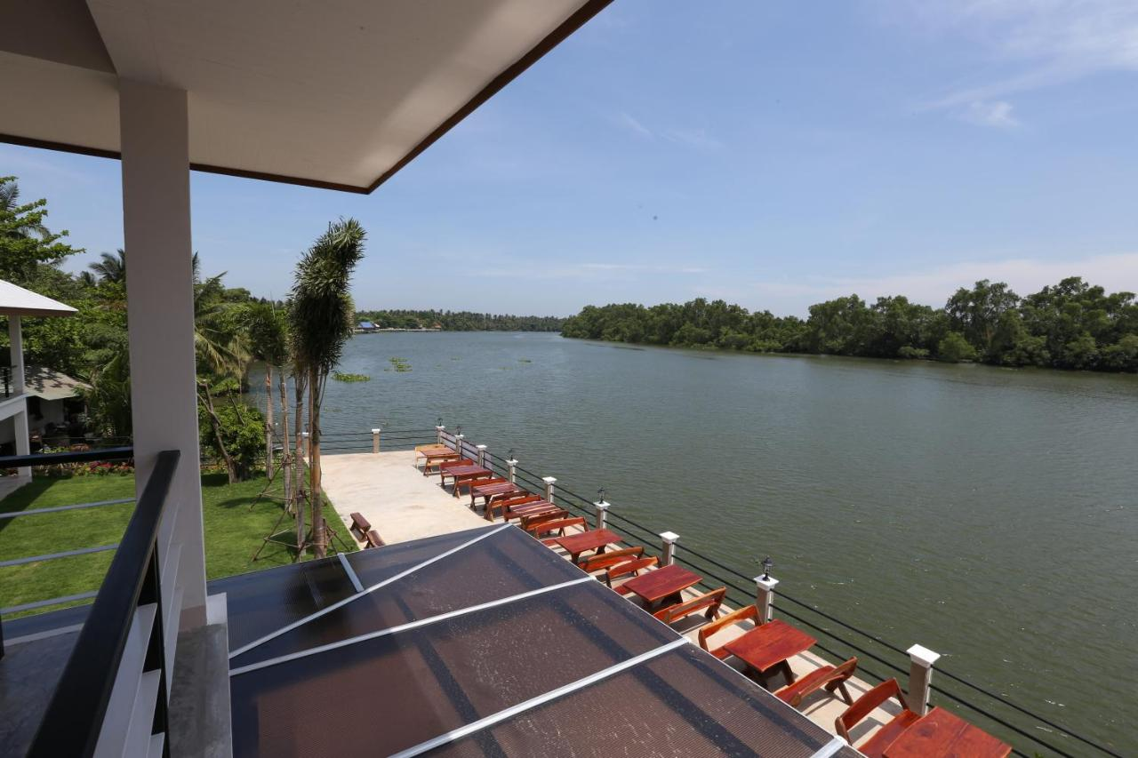 Resorts In Bang Khon Thi Samut Songkhram