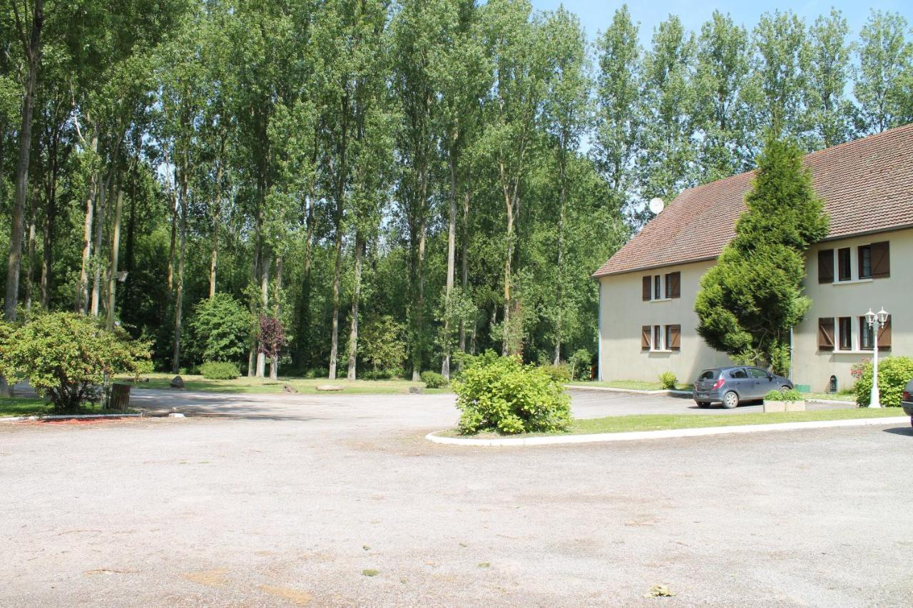 Hotels In Regnière-écluse Picardy