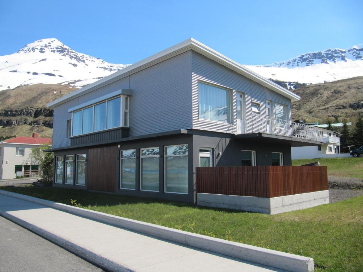 Seydisfjördur Apartment