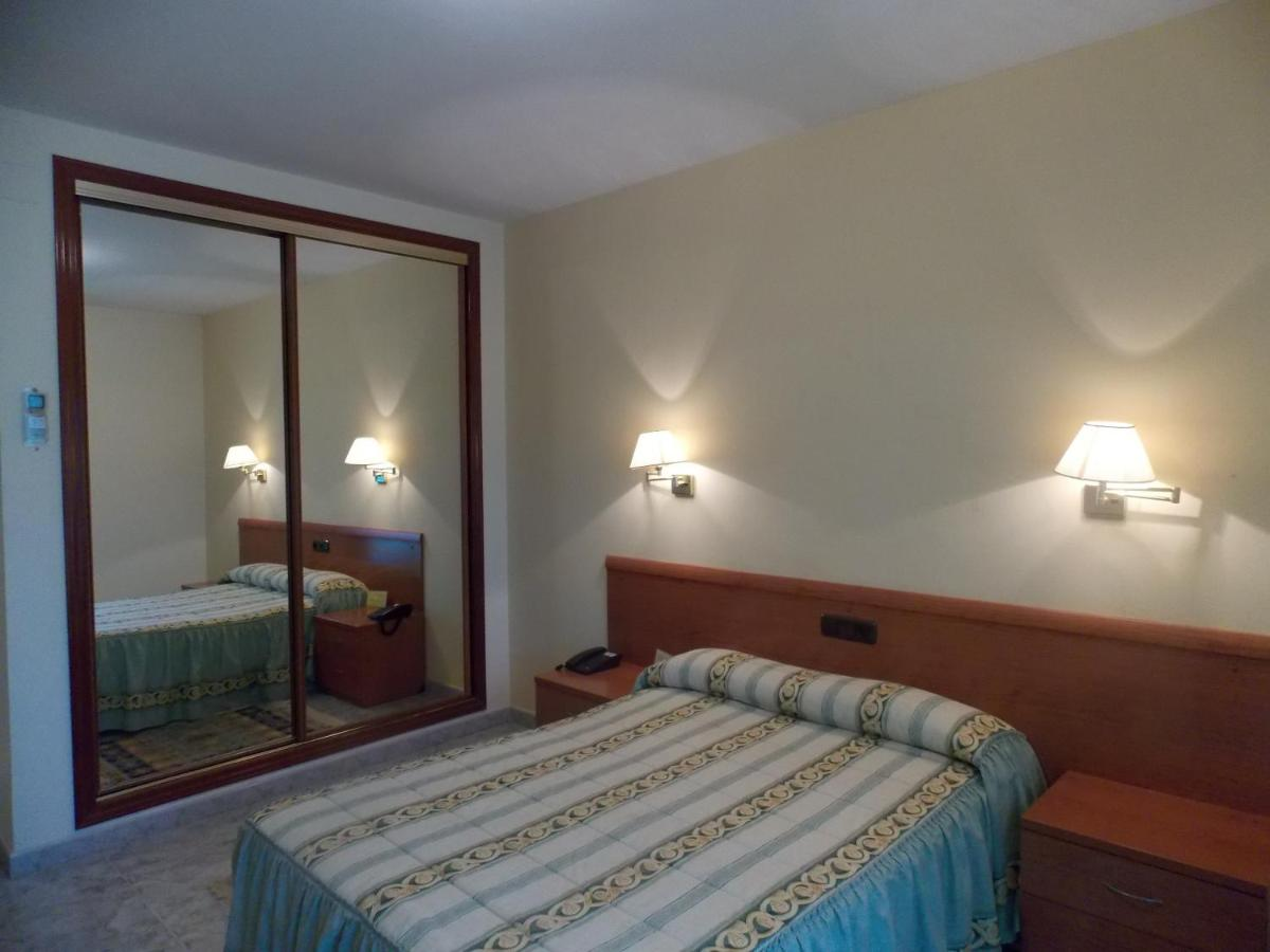 Hotels In Torre De Don Miguel Extremadura