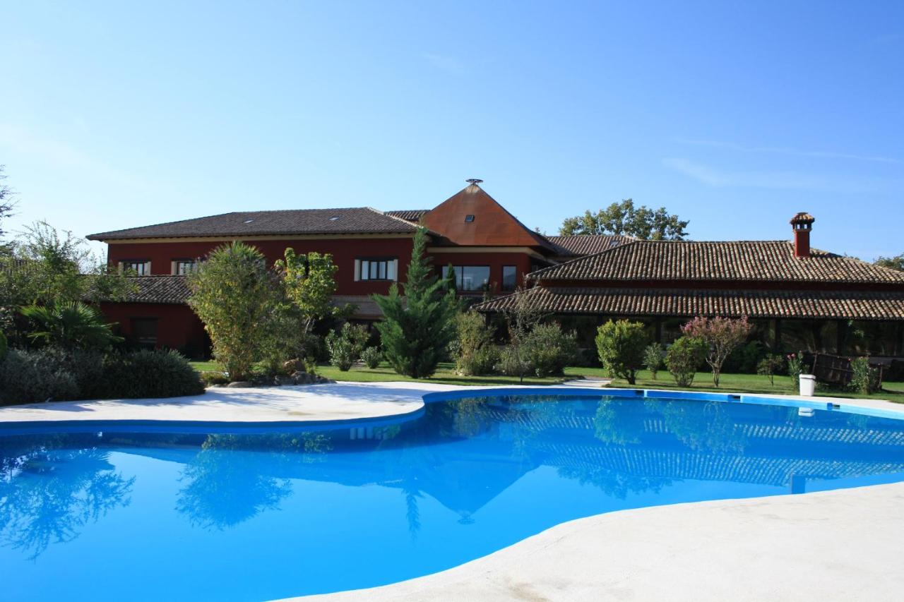 Hotels In Candeleda Castile And Leon
