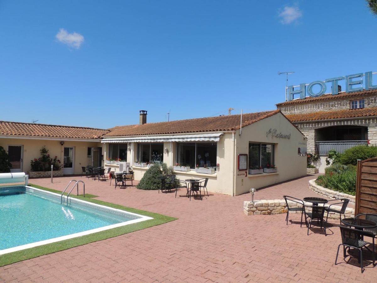 Hotels In Vérines Poitou-charentes