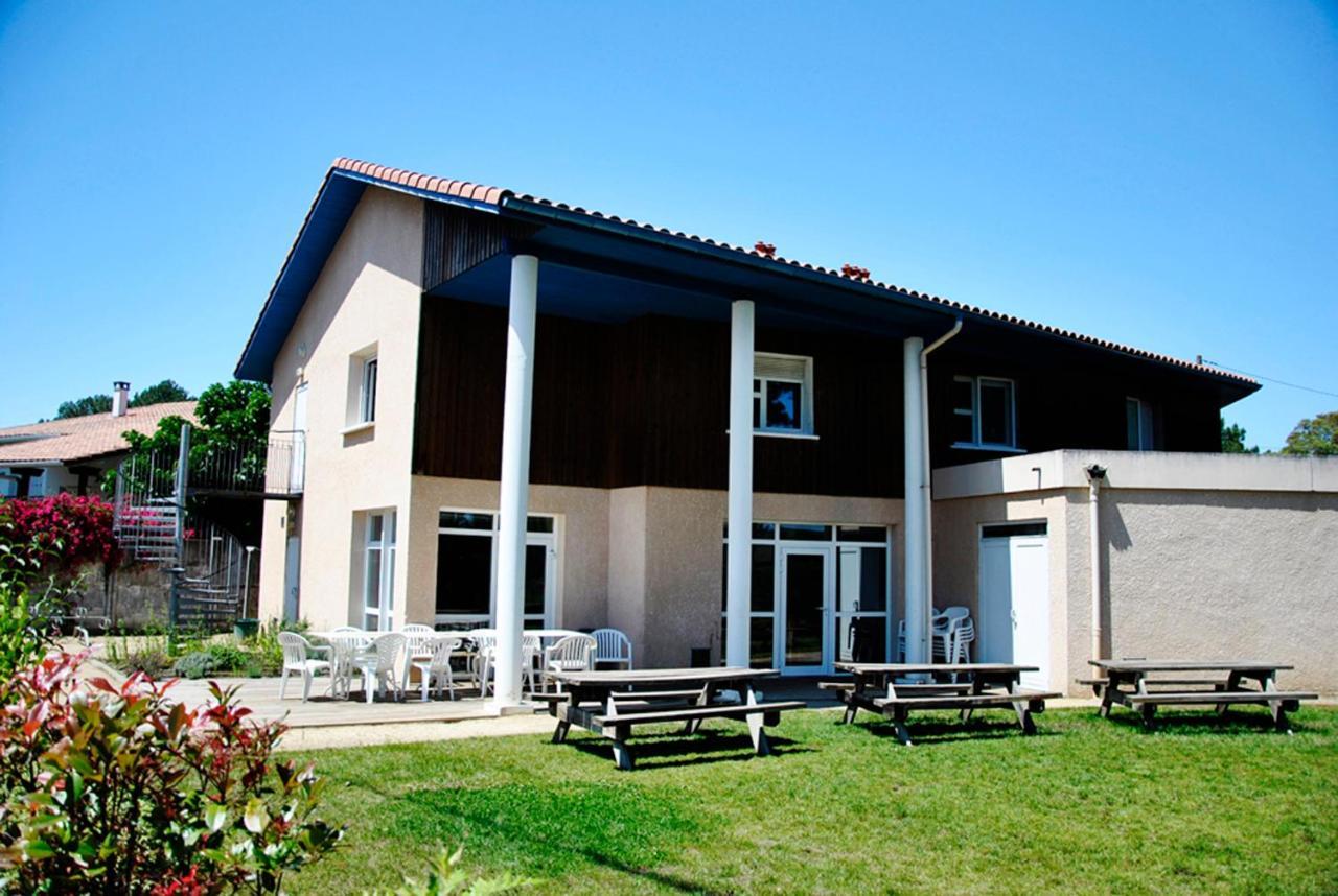 Hostels In Pey Aquitaine