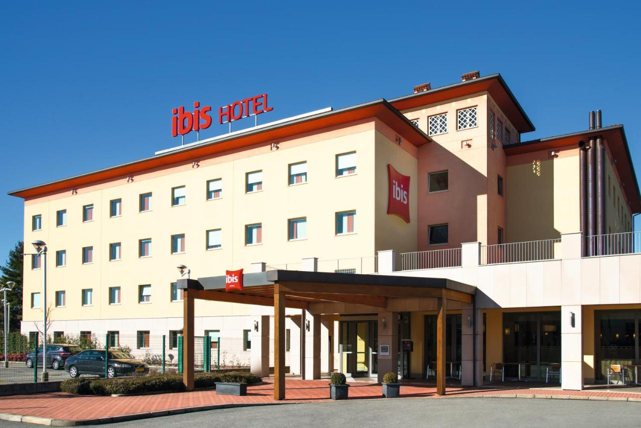 Hotels In Albese Con Cassano Lombardy