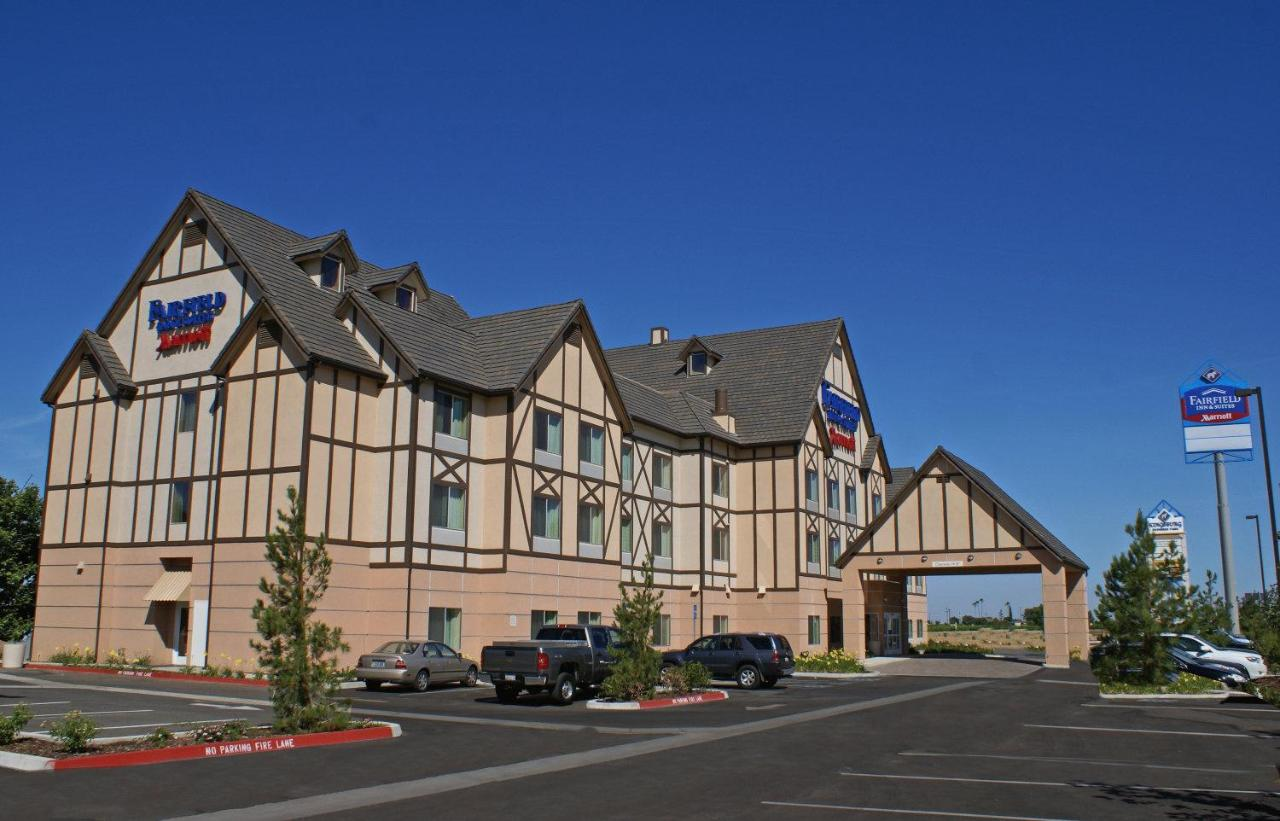 Hotels In Selma California