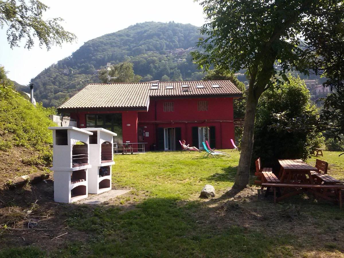 Hostels In  Monvalle  Lombardy